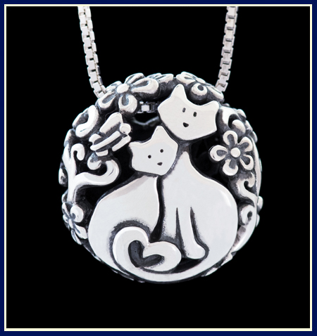 Filigree Cat Bead by Jeni Benos With Two Kittens